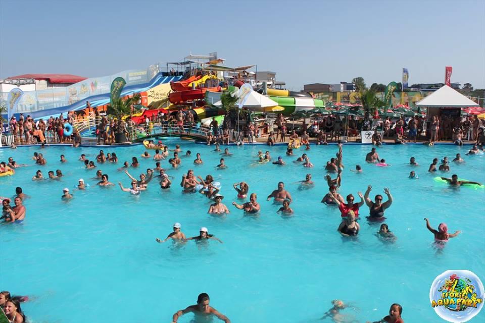 "(Foto) Se redeschide Eforie Aqua Park! ""Va invitam, doritori de balaceala, soare si distractie din toata tara"" 3"