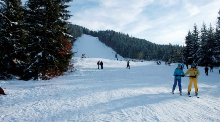 O nouă pârtie de schi a fost deschisă în România 1
