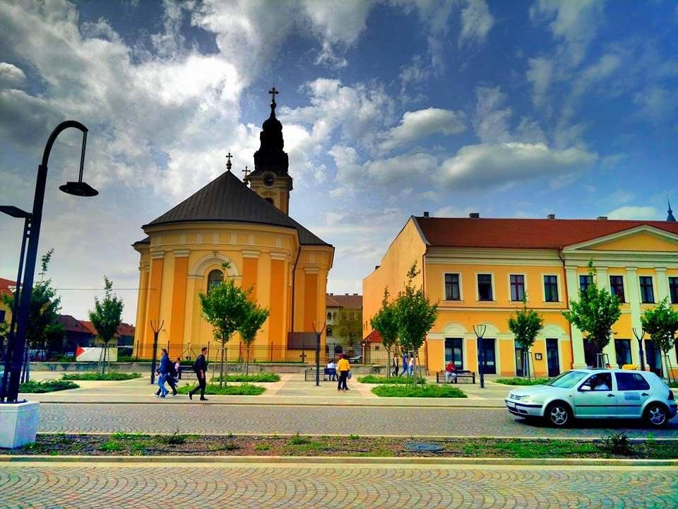 (Foto) Cel mai frumos centru istoric din România! Clujul, Brașovul și Bucreștiul trebuie să ia lecții de aici 12