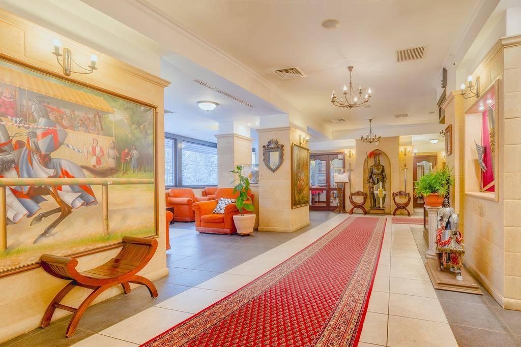 (Foto) Așa arată hotelul Simonei Halep pe care l-a cumpărat în Poiana Brașov cu aproape 2 milioane de euro! Îți place? 2