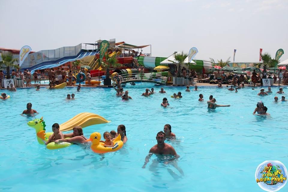 "(Foto) Se redeschide Eforie Aqua Park! ""Va invitam, doritori de balaceala, soare si distractie din toata tara"" 1"