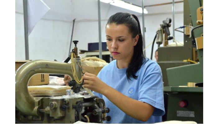 Altă fabrică din România se închide din cauza PSD. 900 de persoane trimise în șomaj! 1