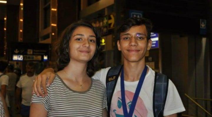 FELICITĂRI! Doi fraţi geniali din România, studenţi la Oxford 1