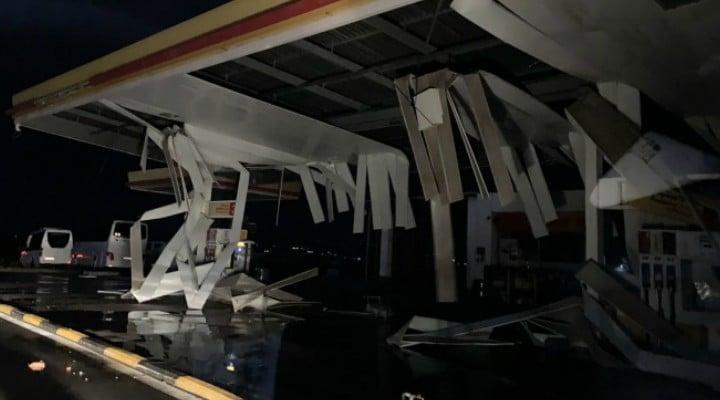 Doi români morți în Grecia, în urma unei furtuni devastatoare. A căzut tavanul unui restaurant peste ei. Alți 4 turiști au decedat 1