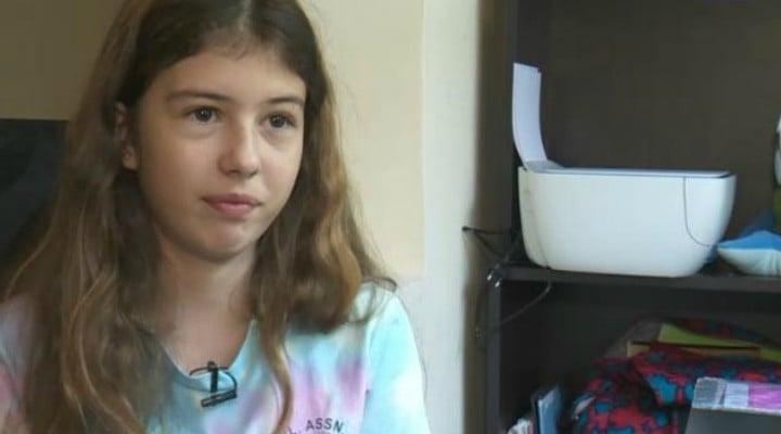 Tânăra din România primită cu brațele deschise de NASA, la doar 13 ani. vorbește fluent două limbi străine, cântă la pian, desenează, face baschet, înot şi călărie şi învață de plăcere 1