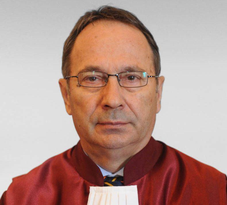 Surse: Unde era Klaus Iohannis când purtătorul de cuvânt a anunțat revocarea Laurei Codruța Kovesi de la conducerea DNA 2