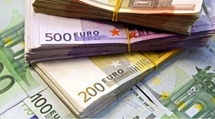 Un român a găsti 13.000 de euro și i-a înapoiat proprietarului 1