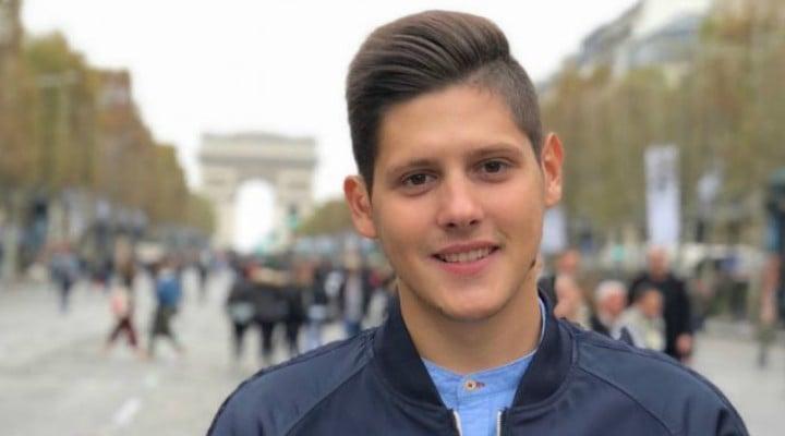 FELICITĂRI! Un român, cel mai tânăr angajat al Ministerului Economiei din Franţa 1