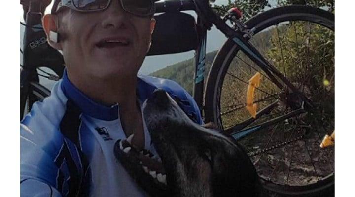 """(Foto) Cățelul erou din România ce i-a ținut de cald unui biciclist accidentat pe munte, a fost găsit și adoptat! """"Biciclistul a fost salvat de câine, care l-a protejat încălzindu-i trupul, până la sosirea jandarmilor. După ce am auzit povestea am fost ..."""" 5"""