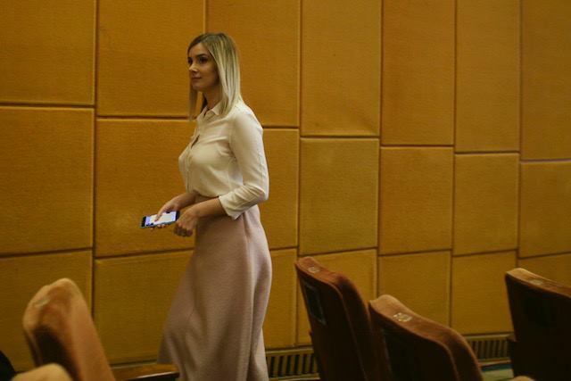 """Psiholog, despre iubita lui Liviu Dragnea: """"Este exact ce vrea un om în situația liderului PSD. Nu-l contestă, nu vorbește contra lui .... Colegii de partid sunt mirați și îl invidiază...."""" 3"""