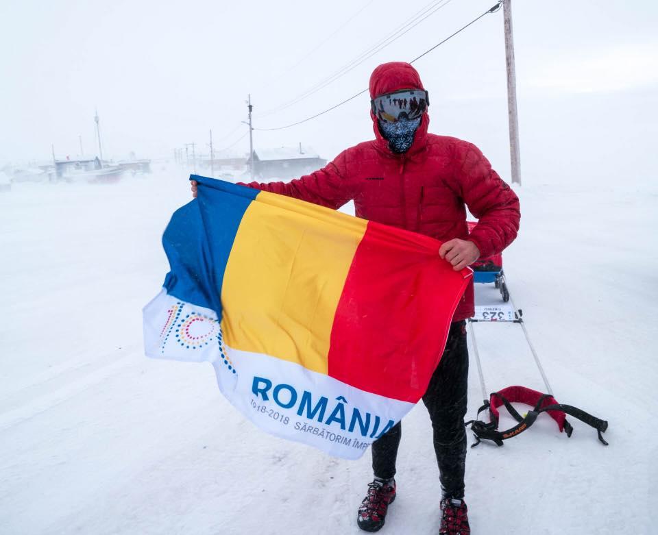 """Superman de România! Tibi Ușeriu a CÂȘTIGAT a treia oară ultramaratonul de la Polul Nord. FELICITĂRI! Video cu momentul victoriei.  617 kilometri pe jos prin ger și zăpadă. Tibi Ușeriu: """"Vă multumesc pentru susținere!"""" 1"""