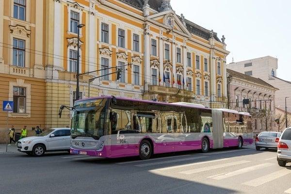 (Foto) Autobuze noi la București, Cluj și Brașov. Care sunt mai frumoase? 11