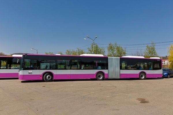 (Foto) Autobuze noi la București, Cluj și Brașov. Care sunt mai frumoase? 12