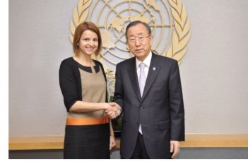 O româncă gestionează cel mai fierbinte dosar ONU: 10.200 de militari in Liban. Are 13 ani de experienta in ONU, lucrând inclusiv pe fronturile din Siria si Sudan. 3