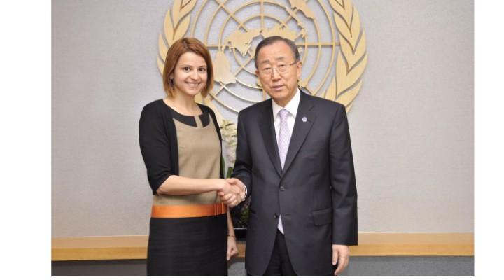 O româncă gestionează cel mai fierbinte dosar ONU: 10.200 de militari in Liban. Are 13 ani de experienta in ONU, lucrând inclusiv pe fronturile din Siria si Sudan. 1
