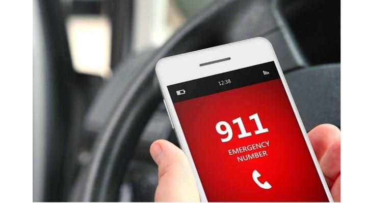 """De ce la ei se poate? Cazul copilului român de 6 ani care a sunat la numărul de urgenţă în Canada. """"N-a apucat să zică «Alo!», dar Poliţia a fost la uşă în mai puţin de 5 minute"""" 1"""