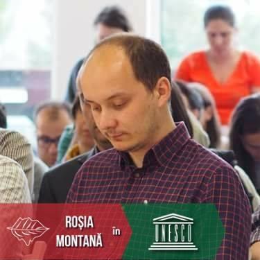 """Mihai Vasile: """"De săptămâna asta sunt unul dintre cei peste 4500 de profesori necalificați din sistemul de învățământ din România. Nu e ideal, mai ales pentru copii.  Ei meritau un..."""" 1"""