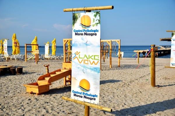 """(Foto) Proiect unic în România. Un psiholog a făcut o """"plajă terapeutică"""", GRATUITĂ, la Mamaia: """"Te rog sa-mi faci o vizita, daca ajungi vara aceasta pe litoral. Vreau sa te convingi ca povestea mea este adevarata. Plaja este destinata in principal ..."""" 8"""