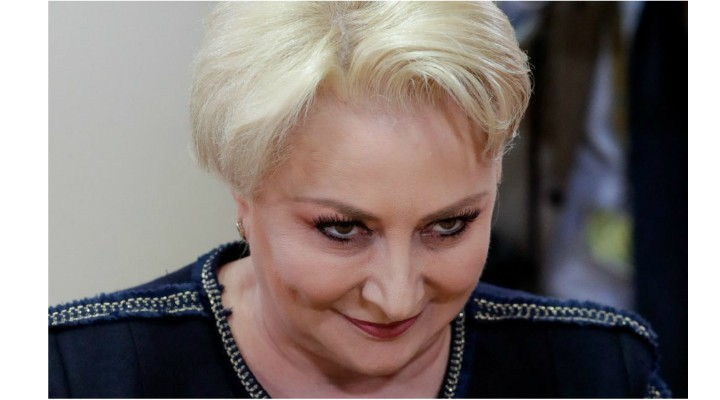 """Andrei Caramitru: """"Dna Dăncilă m-a pomenit de la tribuna parlamentului. Ca eu - Andrei Caramitru - o sa tai pensiile românilor. Ca trebuie sa ma uit in ochii pensionarilor și sa le zic asta.  E adevărat. Am zis ca tai pensiile. Dar doar alea speciale. Și da - sunt gata sa ..."""" 1"""