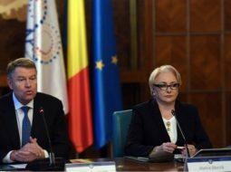 Primele rezultate parțiale România, 5,800 de secții numărate. Cum stau Iohannis, Barna și Viorica 2