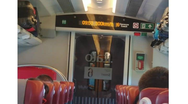 """Oana, în Italia: """"Sa pleci la ora fixa și cu 300 km /h cu trenul.... Oare la noi?.... Neh... Niciodată!!!!"""" 1"""