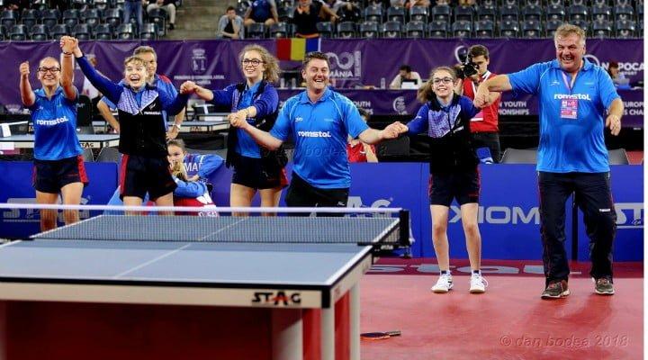 FELICITĂRI! Medalie de aur pentru echipa de cadete a României la Campionatele Europene de tenis de masă de la Cluj 2