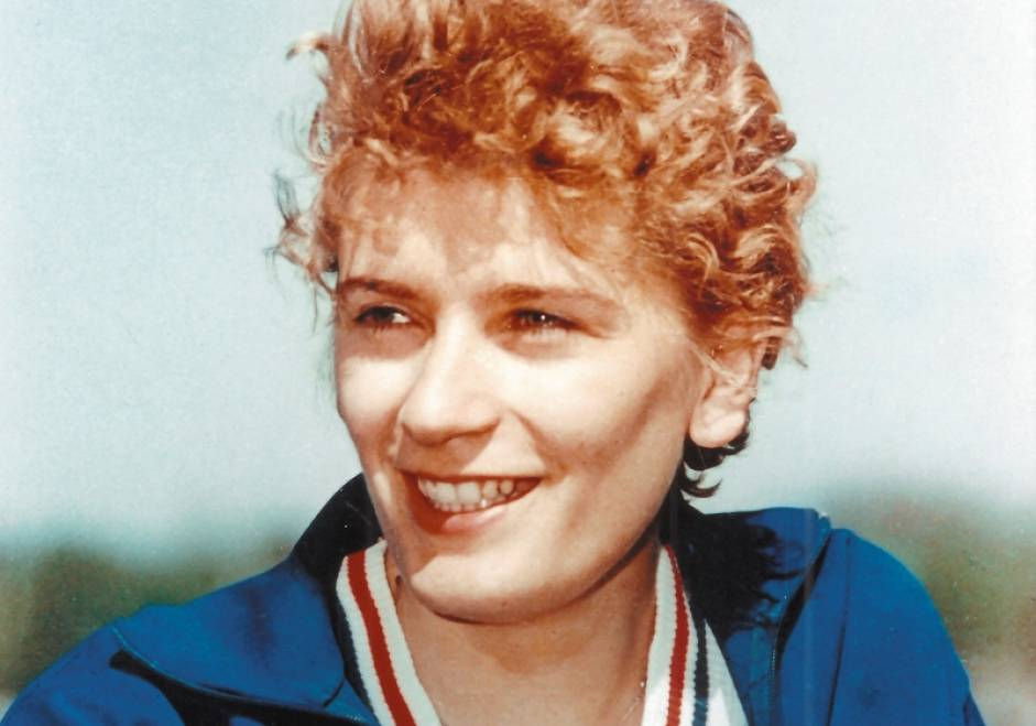 RESPECT!  10 septembrie, în anul 1960, la Jocurile Olimpice de la Roma, IOLANDA BALAȘ, supranumită de gazde la grande bionda, A SĂRIT 1,85 METRI și a câștigat medalia olimpică de aur la o diferență de 14 cm față de următoarea clasată. În total România a obținut 10 medalii (3 aur, 1 argint, 6 bronz) 6