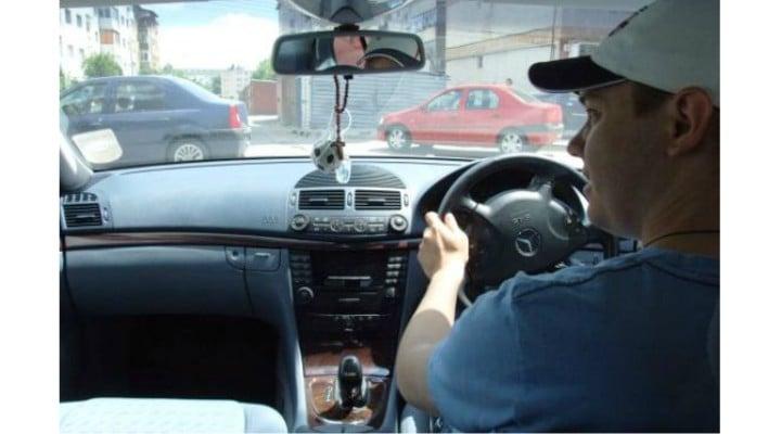 Ministrul Transporturilor a semnat ordinul care interzice mașinile cu volan pe partea dreaptă din afara UE. Ce trebuie să știe șoferii 1
