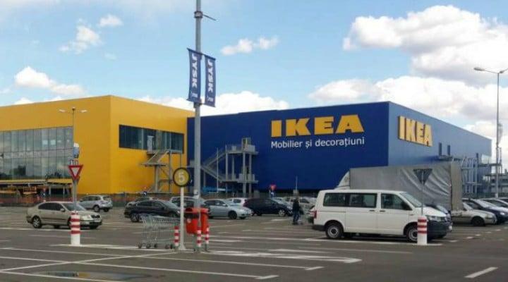 """Mirela Nicolae: """"Un rezultat al bacului românesc. Azi, la IKEA Pallady, am întrebat-o pe domnișoara de la raionul """"Metraje"""" unde au cupoanele. Vroiam să iau două resturi de material pentru confecționarea unor fețe de pernă. A făcut ochii maaari, de Scufiță Roșie ambetată și panicată"""": 1"""