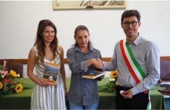Rămâncă din Italia, eroina de la Torino, felicitată de primar și de consulul general Ioana Gheorghiaș 1