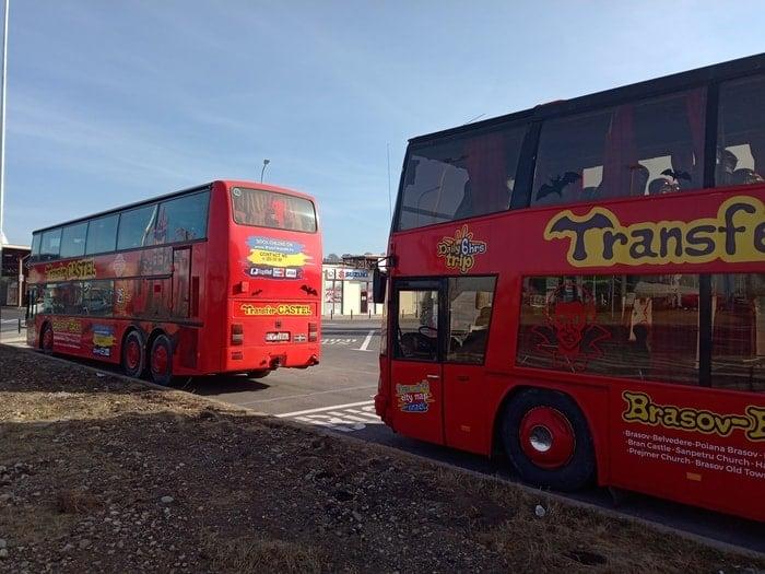 (Foto) Primele autobuze turistice spre Castelul Bran și Cetatea Râșnov. Inițiativa aparține companiei care a vândut Simonei Halep hotelul din Poiana Brașov 5