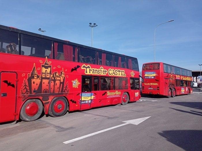 (Foto) Primele autobuze turistice spre Castelul Bran și Cetatea Râșnov. Inițiativa aparține companiei care a vândut Simonei Halep hotelul din Poiana Brașov 4