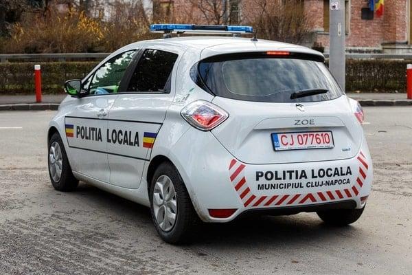 (Foto) Primul oraș din România care a cumpărat mașini electrice pentru Poliția Locală 2