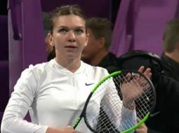 Simona Halep a pierdut finala din Qatar după ce Elise Merten a întrerupt partida pentru un tratament medical la vestiare. A revenit foarte energică 2