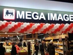 """O clientă Mega Image și-a uitat portofelul în magazin, doi angajați au mers acasă la ea ca să-l înapoieze. Diana: """"Nimic nu lipsește, bineînțeles. You guys rock """" 5"""