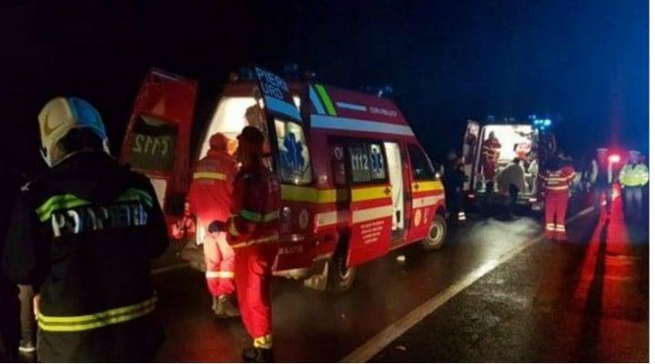 Update. Microbuz cu români din Germania spulberat de tren! 3 morți, 11 răniți, pe DN 2B 1