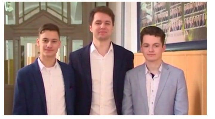 FELICITĂRI! Trei dintre cei mai buni elevi ai României au fost admişi la Oxford. Sunt colegi de clasă 1