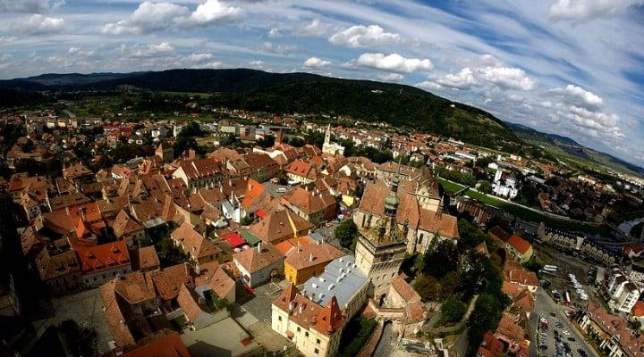 """(Foto) Orașul din România care îi impresionează și pe americani: """"Un oraș ca-n basme, parcă desprins din poveștile cu zâne"""" 1"""
