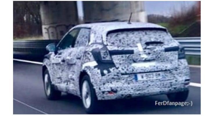 (Foto) Primele imagini spion cu noua Dacia Sandero 1