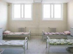"""Judecătorul Cristi Dănileț prezintă condițiile de cazare ale pușcăriașilor. Câte spitale îndeplinesc aceste condiții? """"Apreciez grija ministrului justiției pentru condițiile din penitenciare. Mărturisesc că nici camera de cămin la Drept unde am învățat să aplic legea astfel încât cei vinovați să fie trași la răspundere și nici camera de spital în care s-a stins de o boală necruțătoare tata care din venitul lui de muncitor a ..."""" 15"""