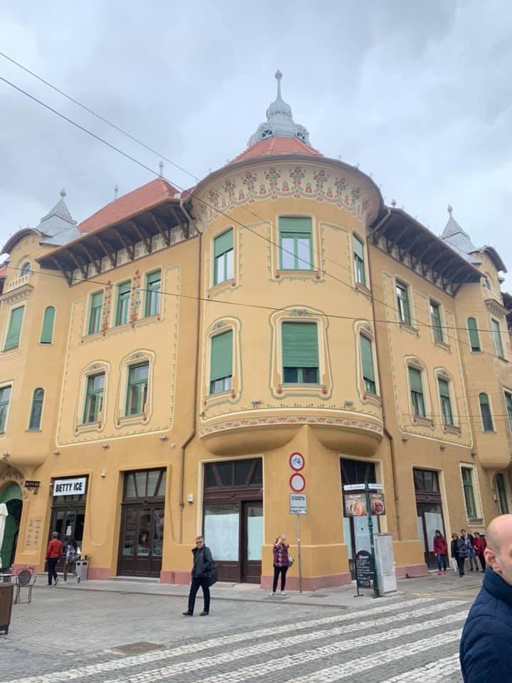 """(Foto) Rares Bogdan: """"Trebuie să vizitați Oradea, oameni buni! Eu, care am văzut cele mai importante orașe din această lume, sunt uluit! Aveți aici fapte, dovezi că se poate! Când pui inima la treabă, când ..."""" 6"""
