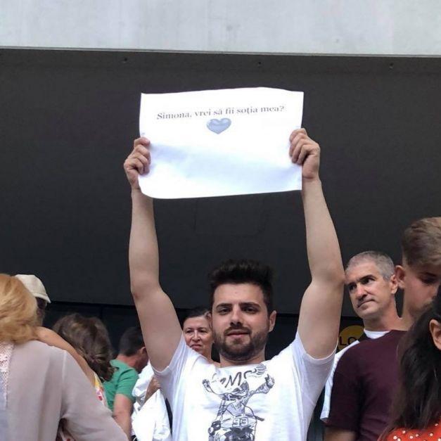 """Simona Halep l-a făcut celebru: S-a aflat cine e bărbatul care a cerut-o în căsătorie pe Simona chiar pe """"Arena Naţională"""" 2"""