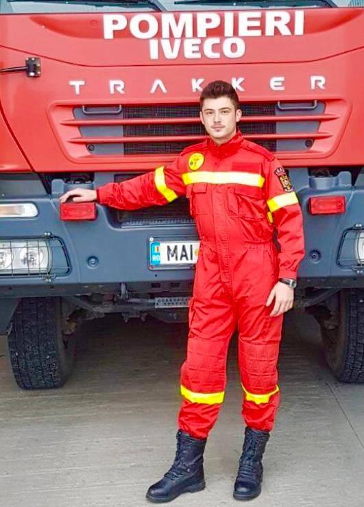 """MAI: """"În 2013 Andrei avea 14 ani. Era un tânăr fotbalist care urma să dea probe la Academia de Fotbal """"Gheorghe Hagi""""! Tatăl lui, pompier militar în orașul Fetești, îl încuraja din toată inima și îi spunea mereu: 1"""