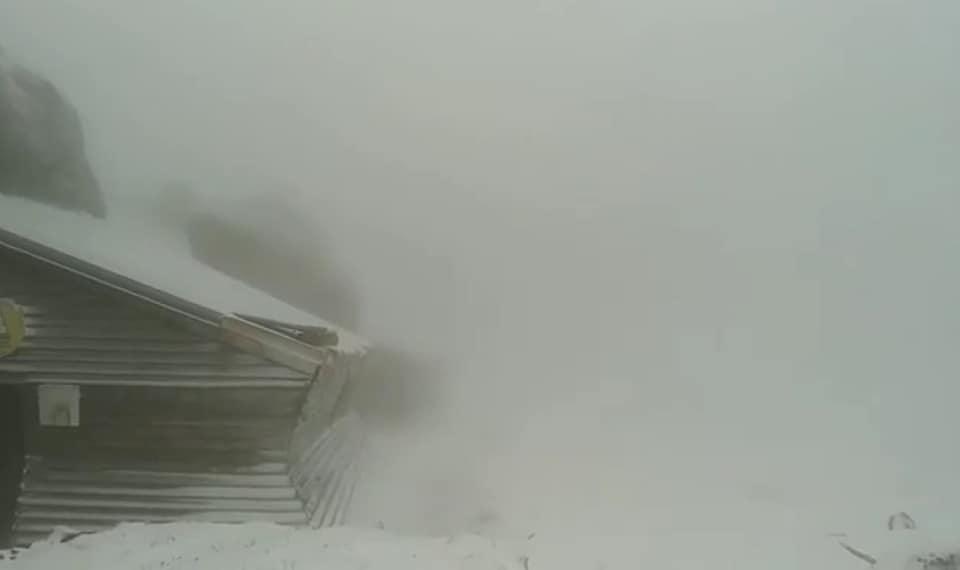 (Foto/Video) Ninge bine vara asta. Vreme extremă în România 3