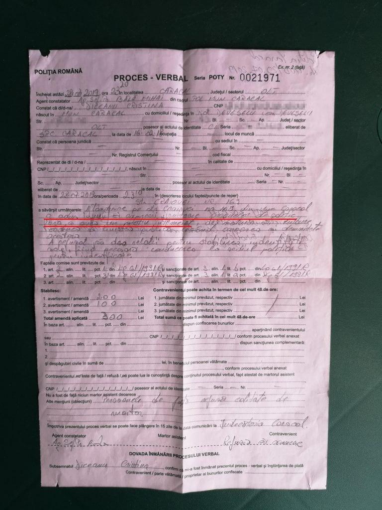 """Poliția din Caracal îi amendează pe oamenii adunați la Casa Groazei pentru că aduc """"injurii organelor de poliție fără a avea un motiv întemeiat""""! Oana Pellea: """"SA VA FIE RUSINE! - spun si eu Politiei din Caracal. Ma amendati si pe mine? Amendati o tara intreaga pentru ca ..."""" 1"""