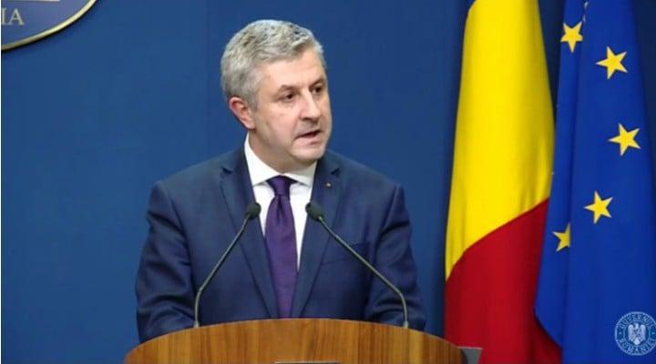 (Video) Florin Iordache, fugărit de un protestatar, la petrecerea PSD 1