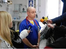 """Medicul Tudor Ciuhodaru: """"4 măsuri ce vă pot salva viaţa pe caniculă. Căldura devine tot mai greu de suportat. E cod roșu de epuizare termică. Copiii sunt primii afectați. Cinci pacienți nu au supraviețuit. Și urmează temperaturi de peste 35 de grade"""" 8"""
