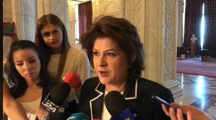 """(Video) Lacrimi pentru Liviu Dragnea! Stoica Ionel: Off, Rovana Plumb a lăcrimat astăzi cand a vorbit despre sentința lui Liviu Dragnea: """"sunt om și sunt foarte afectată să văd aceste probleme"""" 1"""