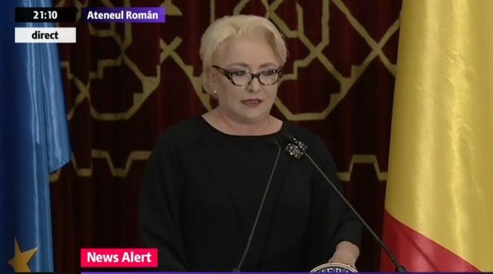 "(Foto)  Iohannis, ""James Bond is back"" Paula Rusu: ""La tinutele din seara asta: Iohannis - 10, Ciolos - ca un ciumpalac fara cravata, Viorica ..."" 5"