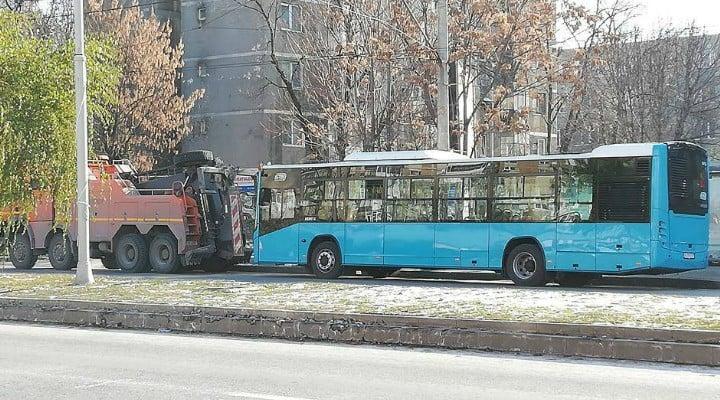 Brașovul ca Bucureștiul. Autobuz nou din Turcia defect. Doar Clujul a fost deștept, a cumpărat Mercedes. Fără defecte 2